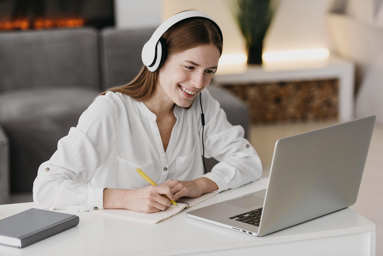 En Metronasa somos Proveedor integral de contenidos online a centros de formación